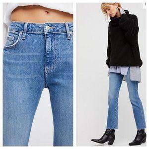 FREE PEOPLE Frayed Hem Girlfriend Jeans